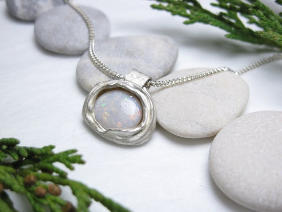 Ladies Sterling Silver Genuine Australian Opal Drop Metal Pendant Necklace