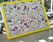 Magnet board-White flowers with purple- Make-Up magnet board