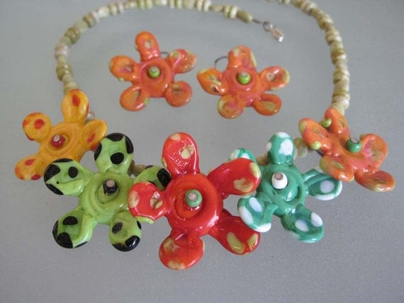Lampworked Glass Spotted Flowers Necklace and Earring Set with Vesuvianite Beads