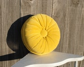 Exquisite Vintage Yellow Tufted Pillow