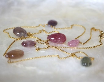 Sapphire and 18k gold necklace, Gold chain with sapphires, Pink sapphire teardrop necklace, Princesse collection