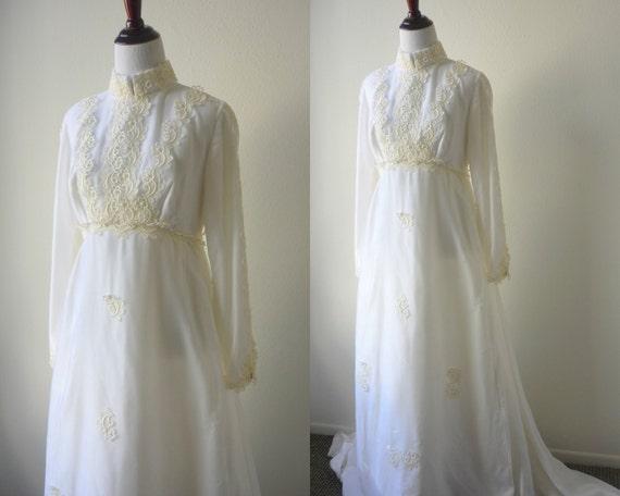 SALE 60s Velvet Wedding Dress