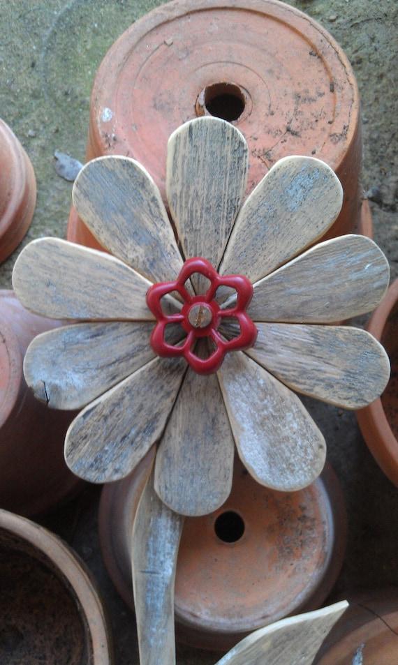 Wood Flower Wall Decor : Reclaimed wood flower rustic wall decor rusty by