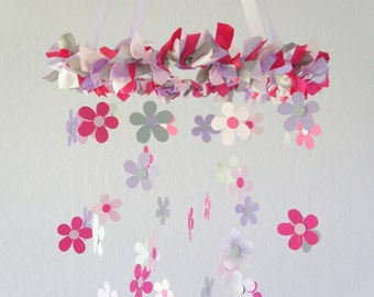 Daisy Nursery Mobile in Pink, Gray, & Lavender - Baby Girl Nursery Decor, Baby Shower Gift