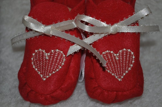 handmade baby booties, embroidered heart, red felt baby booties