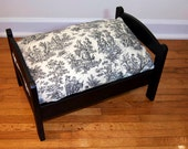TinyMutts Pet Bed Flat Black Frame with Black/Blue Waverly Country Life Toile