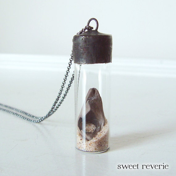 Nautical Glass Vial Time Capsule Pendant Necklace Soldered with Sand and Driftwood, Terrarium Necklace, Spring Summer Jewelry