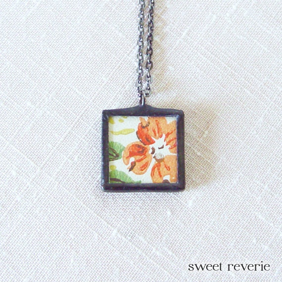 Coral Tangerine Orange Pressed Flower Retro Vintage Upcycled Wallpaper Pendant Necklace, Soldered Glass, Bridesmaids, Summer Boho Jewelry
