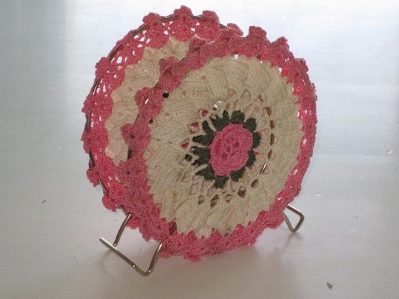 Vintage Pink Flower Crocheted Napkin Holder By Whitefarmhouse