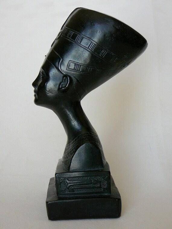 Queen Nefertiti Ceramic Bust
