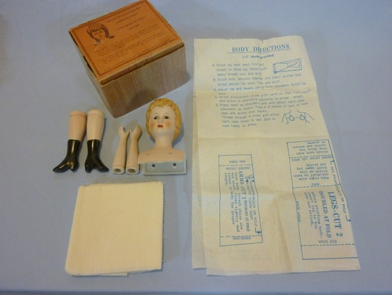 Shackman Doll Kit, Mary Queen Of Scots