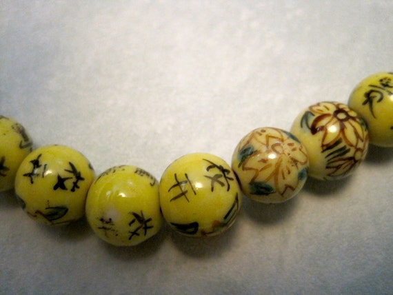 15 Yellow CHINESE PORCELAIN BEADS