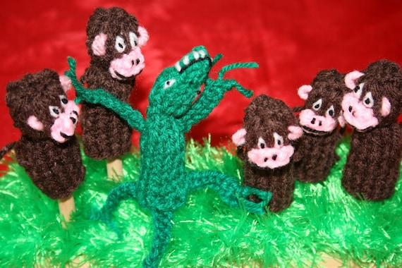 Five Monkey And Crocodile Finger Puppets.