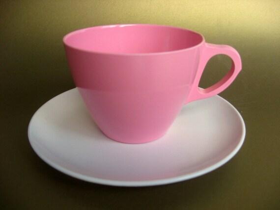 Set of 4 Pink & White Laguna Melamine Plates and Cups, Mix 'n Match Mid-Century Vintage Melmac