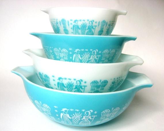 Vintage Pyrex Butterprint Turquoise & White Cinderella Mixing Bowl Set