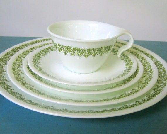 23-Pc Corelle Spring Blossom Dinnerware Set  -Service for 4- Crazy Daisy Green & White Dishes Livingware