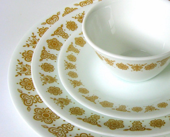 "16-Pc Vintage Corelle ""Butterfly Gold"" Dinnerware Set for 4, Corningware Corning Dishes Plates, Cups"
