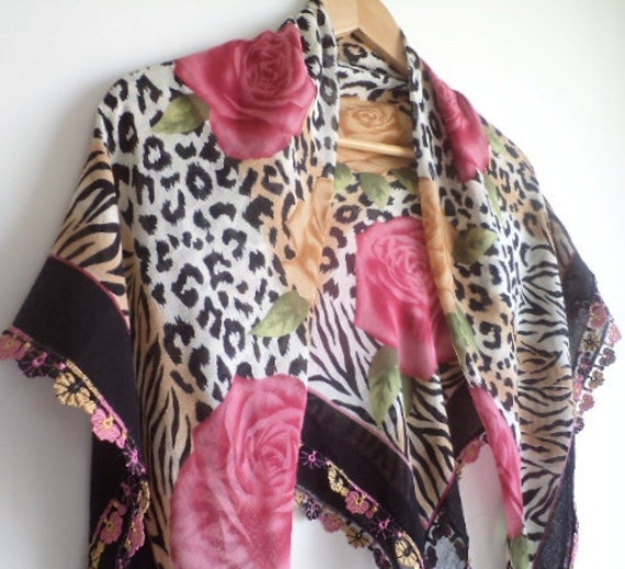women accessories, shawl, scarf, multicolor, leopard,  spring trends, rose