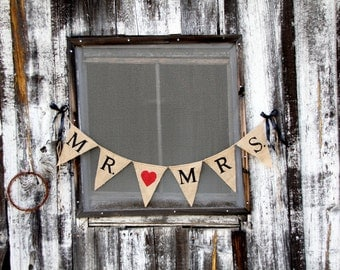 Mr. & Mrs. burlap banner - Wedding Banner - Photography prop - triangles