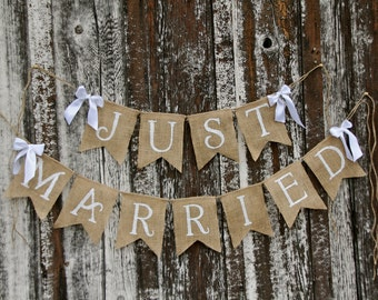 JUST MARRIED wedding garland  - burlap banner- Photography shoot - Garland decoration