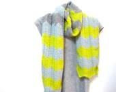 chevron scarf. lemongrass, sea foam, and heather grey.