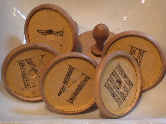 Treasury Item - Antique Wooden Gnav Game Pieces With Turned Handles & Roman Numerals - Set of 6