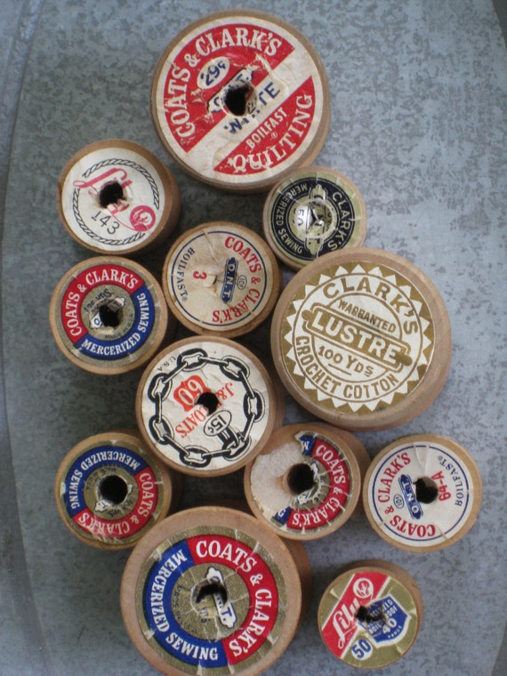 A Dozen Empty Vintage Wooden Spools - Various Sizes