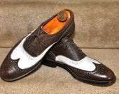 1950s Vintage Florsheim Pebble Grain Spectator Mens Dress Shoes