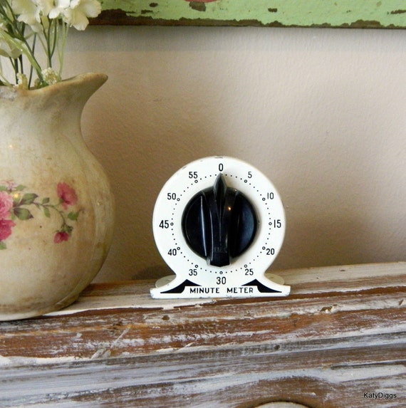 Antique Enameled Minute Meter Kitchen  Timer Mercantile Collectible 1930's