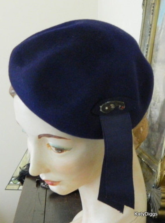 REDUCED...Henry Pollak  Vintage Navy Blue Ladies Wool Beret cap, hat with embezzlement...1930-40's Style