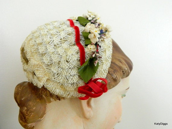 ViNtAgE Ladies or childs Hat,Small.All original