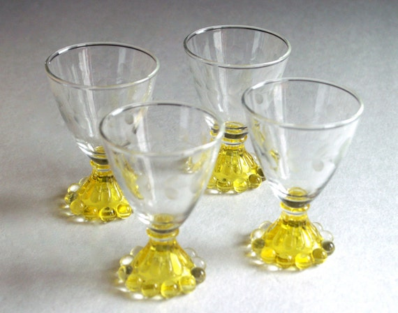 Vintage Cordial Glasses With Etched Rim And Yellow Pedestal