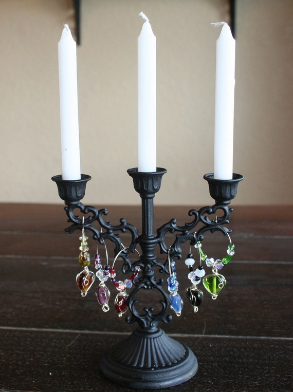 Black Iron Wine Bottle Candelabra and Six Heart Wine Tag Charms