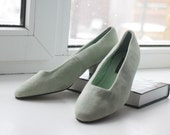 SALE Mint green low heel shoes Sz 6.5