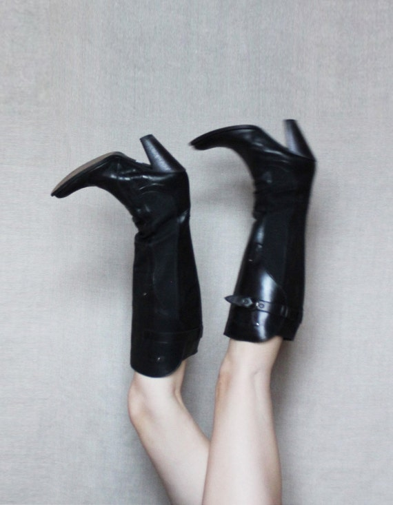 Black leather cowboy boots size 39 9