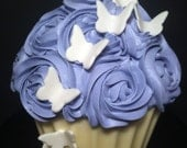 3D Fondant/gumpaste Butterflies. Made to order cupcakes and cake decorations. One dozen.