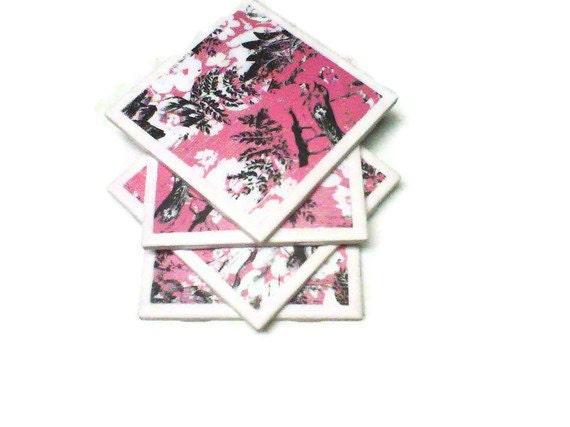 Set of ceramic coasters pink and gray