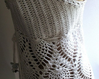 Crocheted  White Top M-L Openwork Tank White Embroidered Beads
