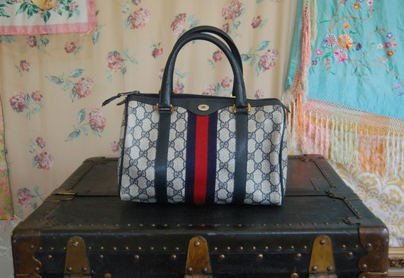 RESERVED for Gokitty Gucci Speedy Navy