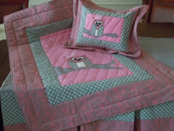 Girls Appliqued Owl Nursery Bedding In Pink And Gray Quilt