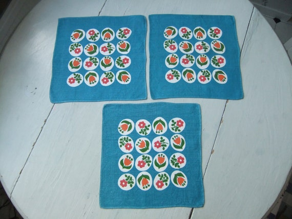 RESERVED FOR AYUMI Vintage Swedish Tablecloths in turquoise linen set of 3