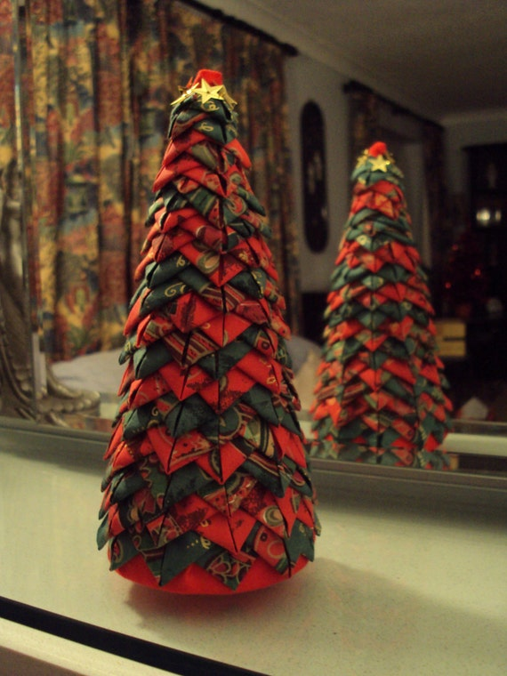 Items Similar To Christmas Tree In Quilted Style Folded