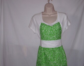 SALE,Price Reduced to HALF, Bright green, Handmade full apron, size Medium