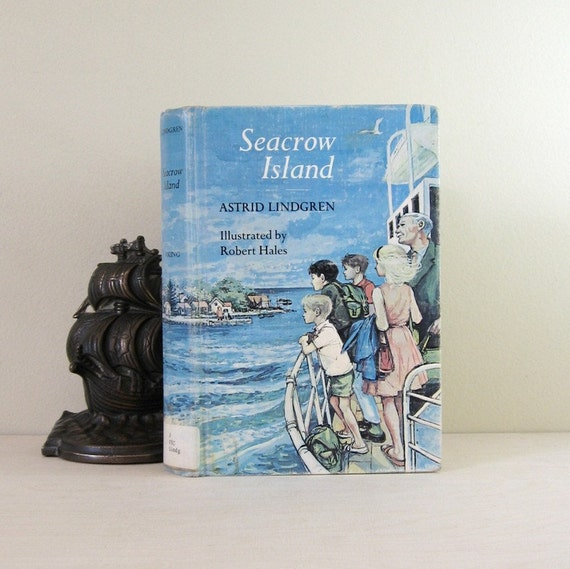 Reserved - Seacrow Island - Vintage 1960s Rare Hardcover Book - Illustrated English Translation from Swedish