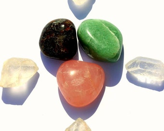 Heart Chakra, Rose Quartz, Red Garnet and Green Aventurine Good Vibrations Crystal Therapy Kit for Passionate Love