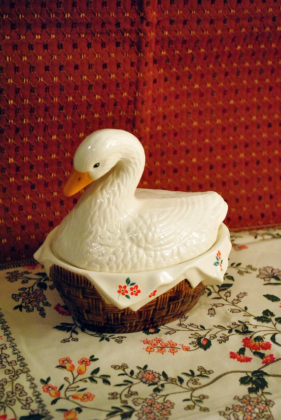 Goose in Basket Ceramic Covered Bowl Candy Dish