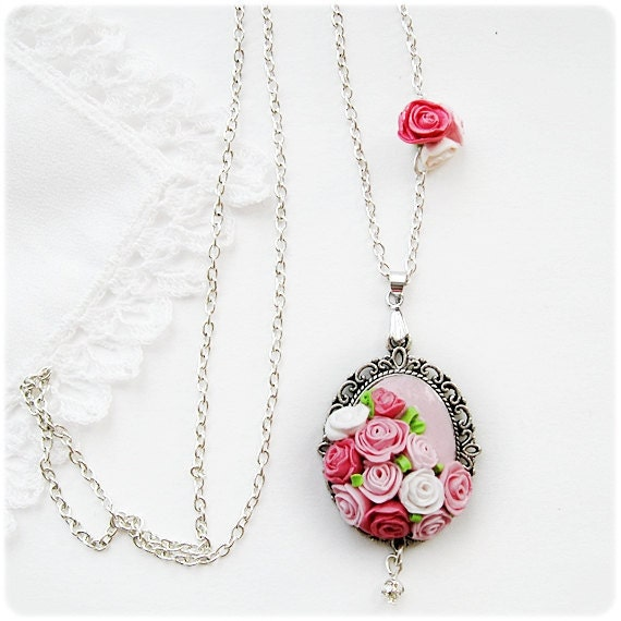 Wonderful womanly necklace on chain with tiny pink and white roses