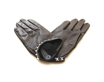 Women's leather gloves. Leather is made in Italy. Unlined. (9255). Different Sizes.