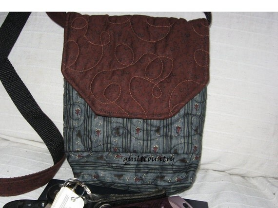 For Mothers Day a Petite crossbody quilted purse, small everyday bag and travel purse,  Essentials only purse, 7 inches high