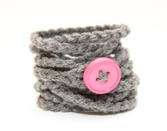 Crochet Wrap Bracelet Necklace Anklet, Grey with pink button